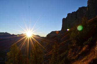 Sonnenaufgang unterhalb der Sella