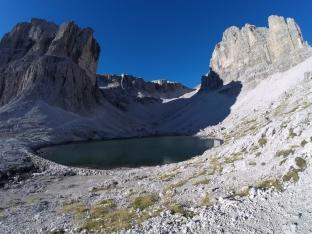 Lago Pisciadù und der Steig zur Sella-Hochebene