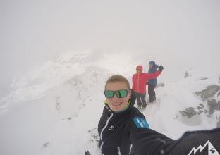 Im Nebelmeer am Gipfel.